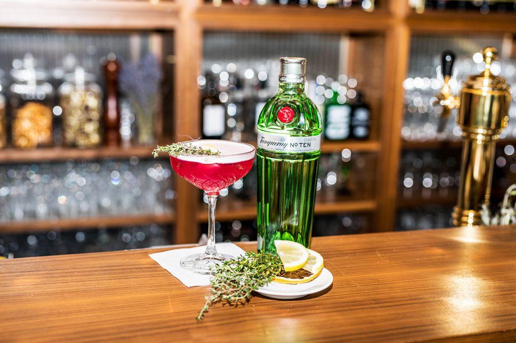 suite – smallplates & cocktails